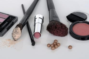 Cosmetics product proclamation